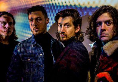 Arctic Monkeys despiden su gira con un mini documental