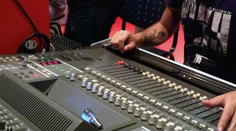 Una profesión con futuro: ¿Quieres formarte en la industria musical?