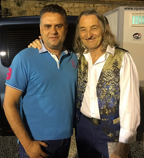 Abel Fuentes con Roger Hodgson, de Supertramp