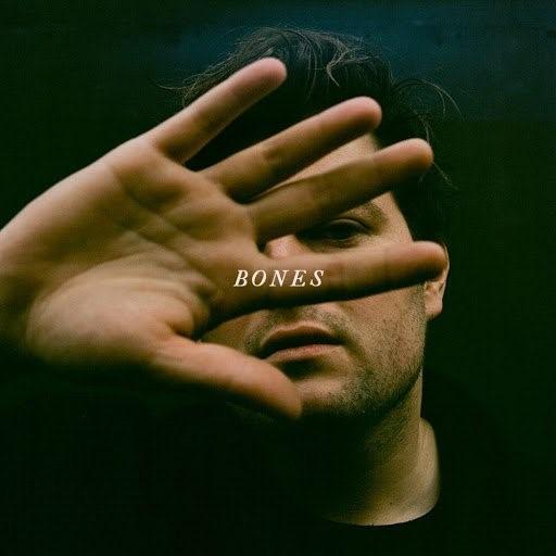 St Woods Bones portada