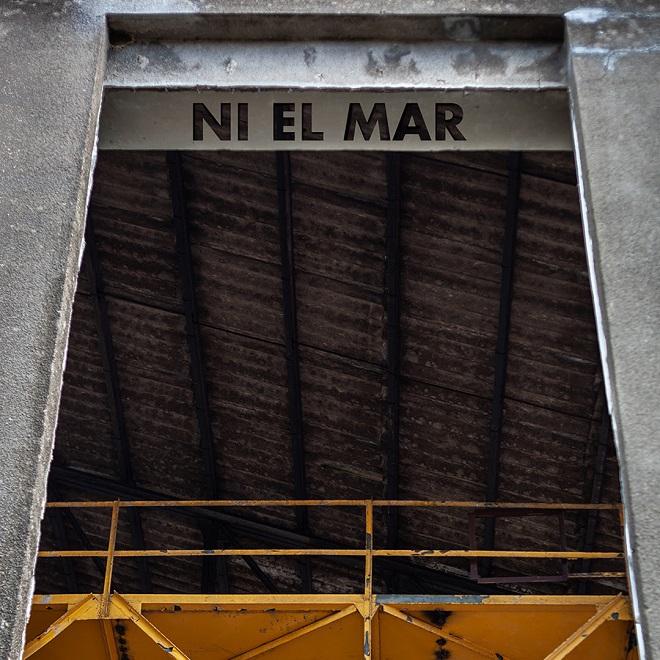 Clara Peya Ni El Mar portada
