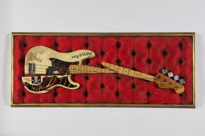 The Clash bajo Simonon roto