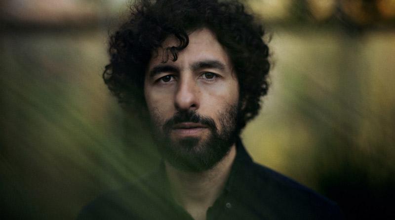 José González