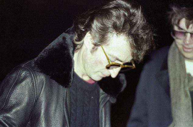 Foto Lennon y Chapman